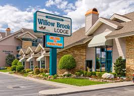 willow brook lodge pigeon forge tn