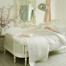 Pretty White Wicker Bedroom Furniture On Provencal Lit Lit White - French design bedrooms