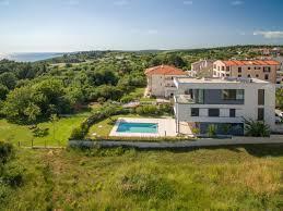 Alleinstehendes Haus Kaufen Exclusive Moderne Villa Mit Pool Premantura Istrien Maris