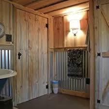 Barn Bathroom Ideas A Functional Barn Bathroom The Shower Basin Is A Galvanized Steel