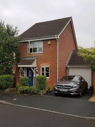 House With Garage Private Landlord Available Now Modern 2 Bed House With Garage