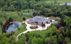 amazing mansions amazing aerial photos of rapper mansions celebrity net worth