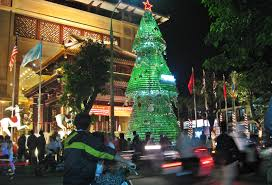 Large Outdoor Christmas Decorations by Divine Images Of Christmas Decoration Using Heineken Christmas