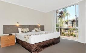wa holiday guide mandurah accommodation places to stay