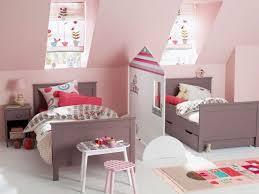 amenagement chambre pour 2 filles 2 enfants une chambre 8 solutions pour partager l espace