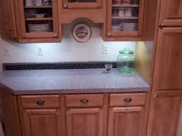 Kitchen Cabinet Knob Home Design Ideas And Pictures - Red kitchen cabinet knobs