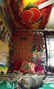 Psychedelic Room Decor Best 25 Stoner Bedroom Ideas On Pinterest Stoner Room Chill