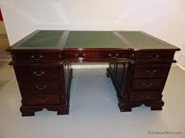 bureau chesterfield engels bureau type chesterfield daan auctions