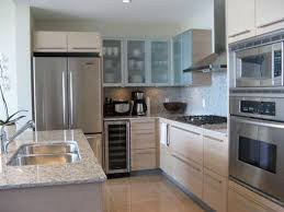L Shaped Kitchen Layout With Island by Small L Shaped Kitchen Design L Shaped Kitchen L Shaped Kitchen
