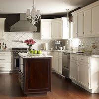 Bianco Antico Granite With White Cabinets The 25 Best Bianco Antico Granite Ideas On Pinterest Island