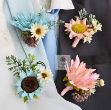 Wedding Flowers Guide China Wedding Flowers Boutonniere China Wedding Flowers
