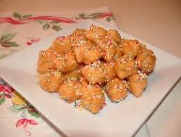 struffoli a traditional neapolitan christmas dessert