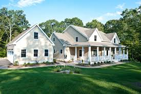 Houses With Porches Country Farmhouse Porch Home Plans Hahnow