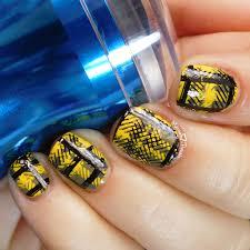 easy fandom nail art hufflepuff pride moonflower polish and