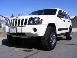 raised jeep grand cherokee jeep commander 2006 lifted image 268