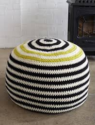 bernat graphic stripes pouf crochet pattern yarnspirations