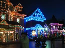 dollywood christmas lights 2017 dollywood pigeon forge tn during the christmas season p forge