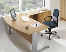 bureau et mobilier de travail