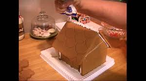 10 quick and easy gingerbread house building tips youtube