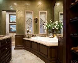 mediterranean home master bathroom