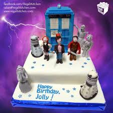 dr who cake topper geektastic doctor who cake with edible character cake toppers