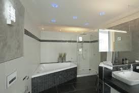 deckenbeleuchtung bad uncategorized kleines deckenbeleuchtung bad mit licht im bad