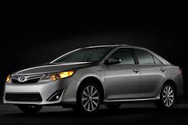 2013 toyota camry se sedan 2013 toyota camry trim level comparison autotrader