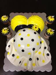 bumble bee themed baby shower cake celebrations pinterest
