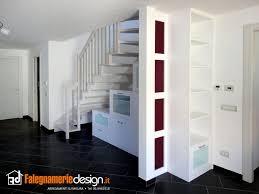 soggiorno sottoscala armadi sottoscala su misura gli armadi per ogni spazio al centimetro