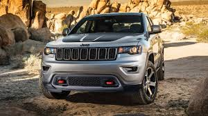 gmc jeep competitor 2017 jeep grand cherokee review u0026 ratings edmunds