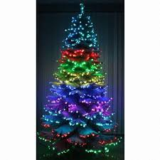 all color tree light integrates the it and
