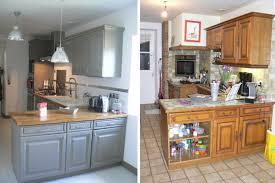 repeindre meuble cuisine rustique une cuisine rénovée du beau avec de l ancien plans de travail