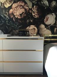 kommoden malm one room challenge week five a wonder of a wallpaper