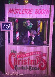 visit grapevine christmas capital of texas everyday best
