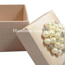 wedding favor boxes wholesale dupioni silk wedding favor box with pearl brooch embellishment