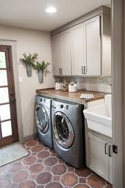 Italian Home Decorating Ideas 50 Beautiful And Functional Laundry Room Ideas Rustic Laundry