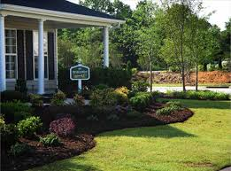 landscaping ideas for front yard colonial house