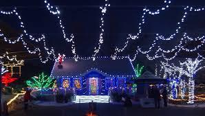 barnsley gardens christmas lights where to see christmas lights in the hunter lake macquarie