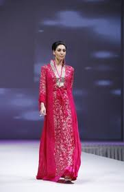 wedding dress designer jakarta jakarta fashion week jalabiya dresses wedding gown fashion