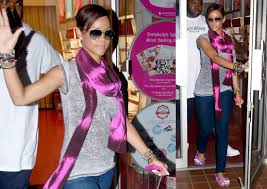 photos of rihanna leaving a nail salon in nyc popsugar celebrity