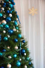 blue and silver white christmas tree cheminee website