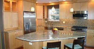 Amazing Kitchen Backsplash Ideas With Cream Cabinets Pictures - Kitchen backsplash ideas with cream cabinets