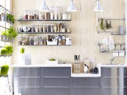 am駭ager une cuisine astuces 3 astuces pour aménager une cuisine maisons jardins