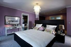 schlafzimmer lila provokatives lila design schlafzimmer möbelideen