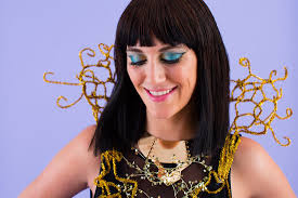 how to diy katy perry u0027s u201cdark horse u201d makeup look for halloween