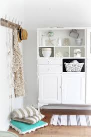 Wohnzimmerm El Pinie Landhausmöbel Weiss Mild Auf Wohnzimmer Ideen Oder Pinienmöbel