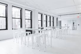 Free Office Furniture Nyc by Vsco Opens A Free To Use Giant Photo Studio In Nyc