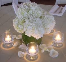 Simple Table Decorations by White Centerpieces Centerpiece Style Was Simple And Elegant