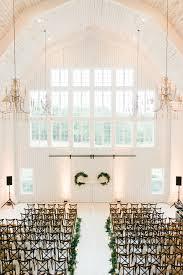 barn wedding venues dfw white sparrow barn barn wedding dallas wedding planner grit