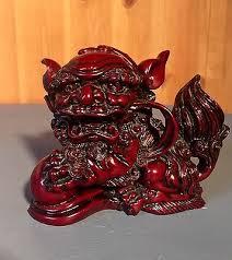 foo dog lion vintage carved resin foo dog lion guardian figurine 29 99